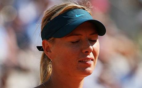 Maria Sharapova loses in the French Open against Cibulkova